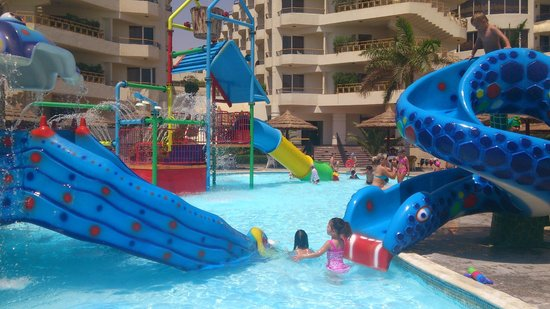 Hurghada SeaGull Beach Resort :                   .