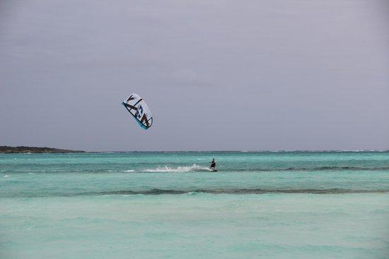 Paradise Bay Bahamas:                                     Rolleville à 10 min du paradise bay