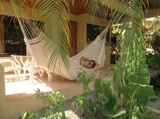 زولا إن أبارتهوتل:                   Front of our cabana                 
