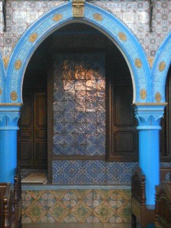 Jama Fadloud:                   la beauté des couleurs