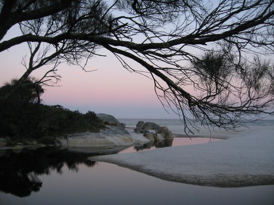 Mount William National Park, Australia: Bay of Fires at sunset