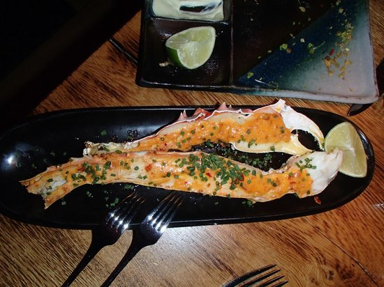 Fiskmarkadurinn - The Fish Market: giant king crab claws, gratinated with chilli mayo served with freshly cut lemon wed