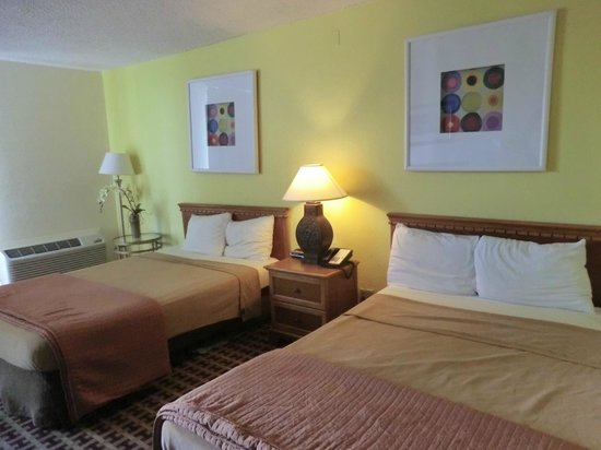 Florida Beach Hotels:                   Room