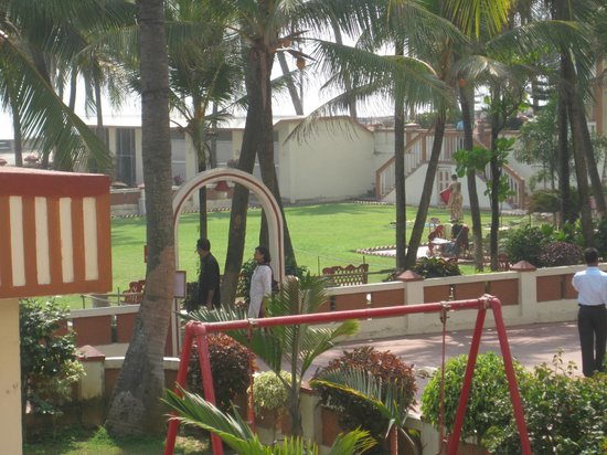 Hotel Sea Hawk :                   view of lawn from our balcony