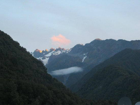 Scenic Hotel Franz Josef Glacier Hotel:                   Sunset view from hotel balcony