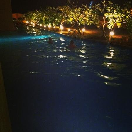 Coral Sea Aqua Club Resort:                   Swim up room at night.