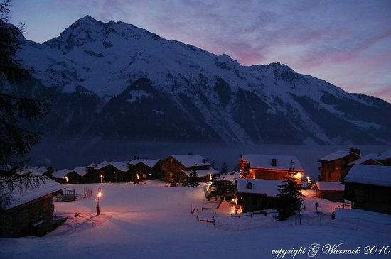 The White Room :                   a nice winter's evening in St Foy
