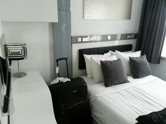 Hotel CC:                   Zimmersicht