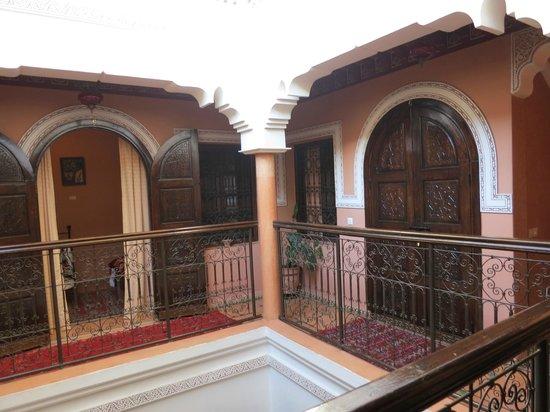 Dar Al Hamra : Room doors