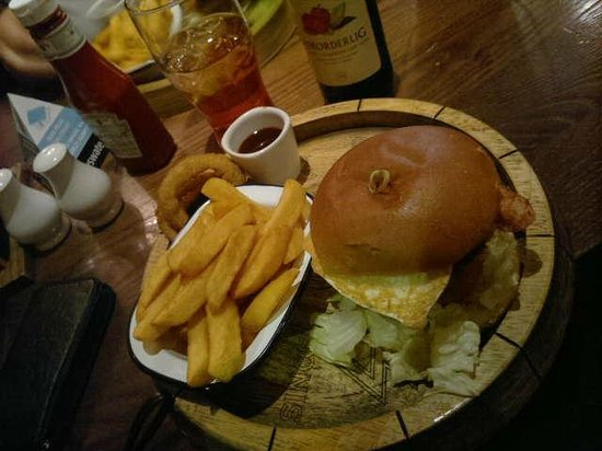 Bayswater Arms:                   Big Ben burger