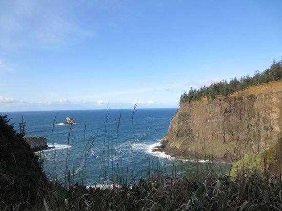 Tillamook Rock Lighthouse: View