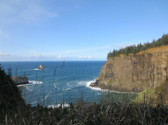 Tillamook Rock Lighthouse: View