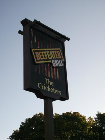 Premier Inn Bagshot Hotel: The Cricketers,Beefeater Grill.
