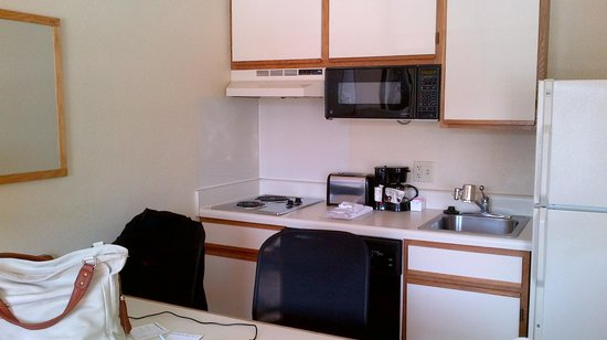 Extended Stay America - Fishkill - Route 9 : Kitchenette