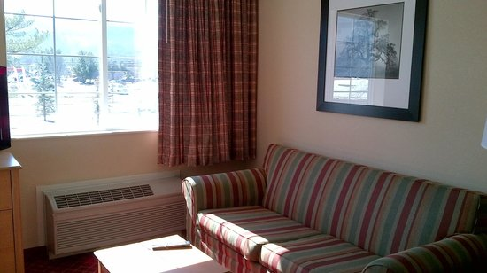 Extended Stay America - Fishkill - Route 9: Daylight