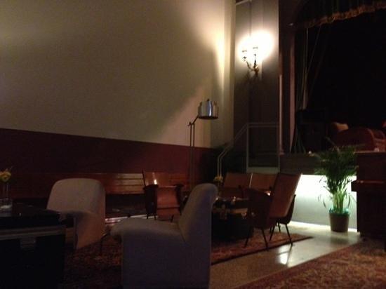 Tasso Hostel Florence:                   hall view