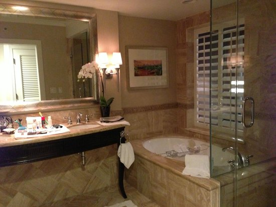 Monarch Beach Resort:                   best hotel bathroom ever