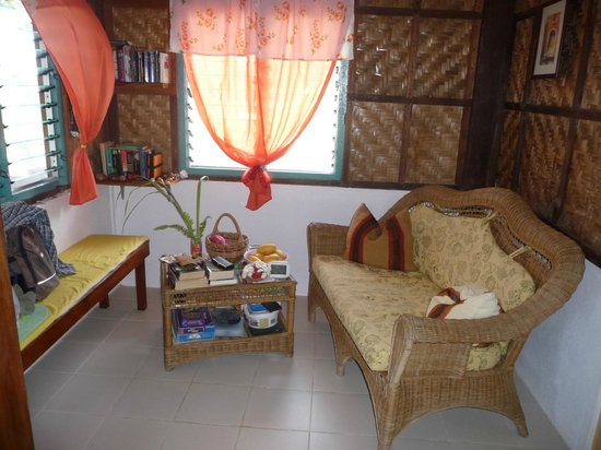 Ming 39 s native guesthouse reviews larena philippines for Small house design native