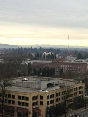 DoubleTree by Hilton Hotel Portland:                   Early morning view from balcony.