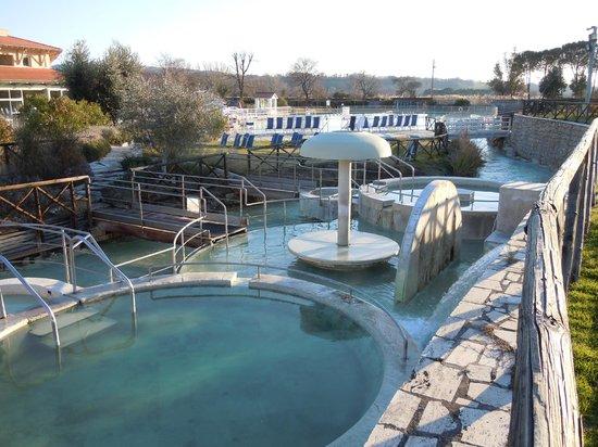 Terme di saturnia foto di terme di saturnia grosseto - Terme di castrocaro prezzi piscina ...