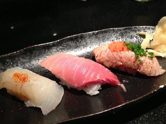 Kinugawa Vendôme :                   sushi 1