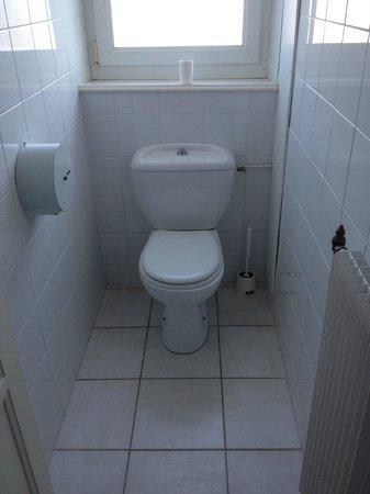 Hotel Gerard d'Alsace :                   WC