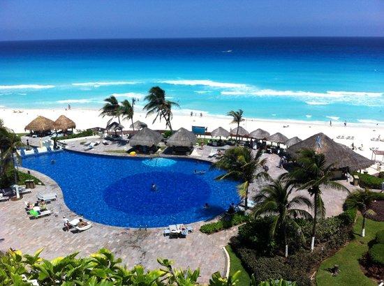 Paradisus Cancun:                                     Vistas desde la 3051