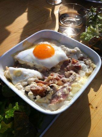 Alpage de Porrez :                   Croute.Just amazing!!!