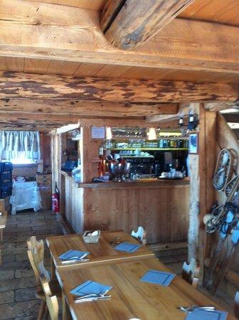 Alpage de Porrez :                   Interior 2