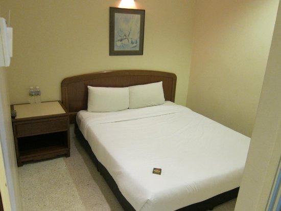 Main Double bed, Church Street Inn