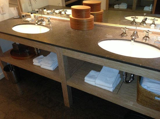 Park Hyatt Washington: Bathroom