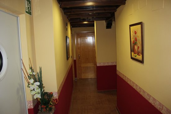 Hotel Quentar:                   pasillos