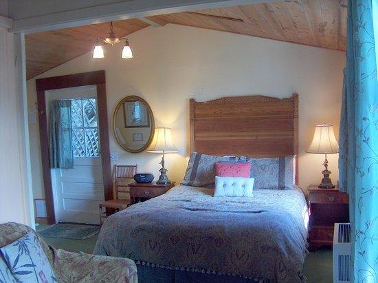 The Jenner Inn: Treehouse
