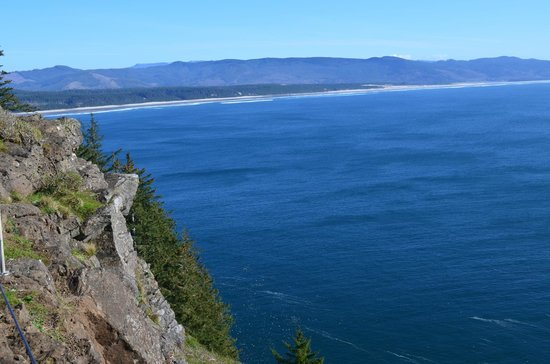 Oregon Coast, ออริกอน:                   View form Cape Lookout