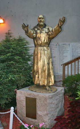 Saint Leonard of Port Maurice:                   Statue at the entrance to the church.