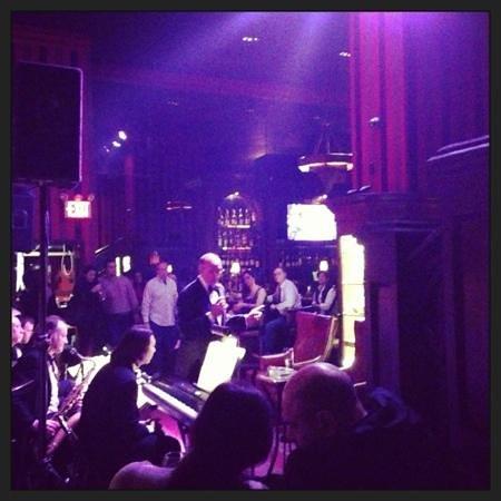 Carnegie Club:                                     Sinatra Show