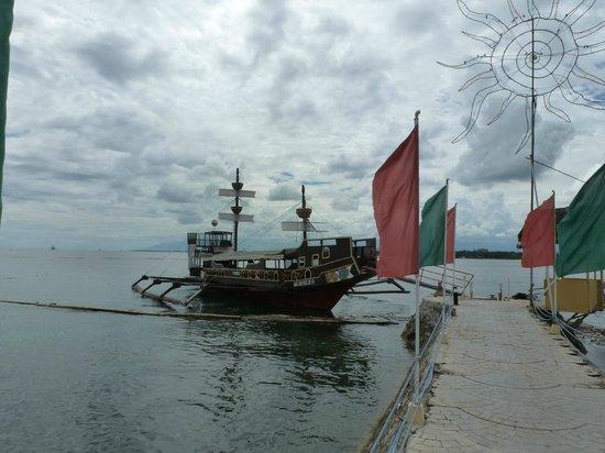 BlueJaz Water Park: Blue Jax ferry?
