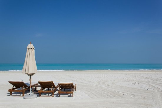 The St. Regis Saadiyat Island Resort: The beach in front of the hotel