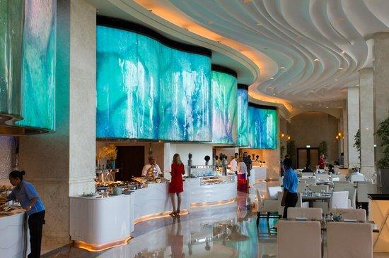 The St. Regis Saadiyat Island Resort, Abu Dhabi: Breakfast buffet