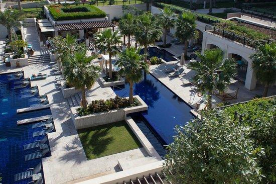 The St. Regis Saadiyat Island Resort, Abu Dhabi: The adult pool