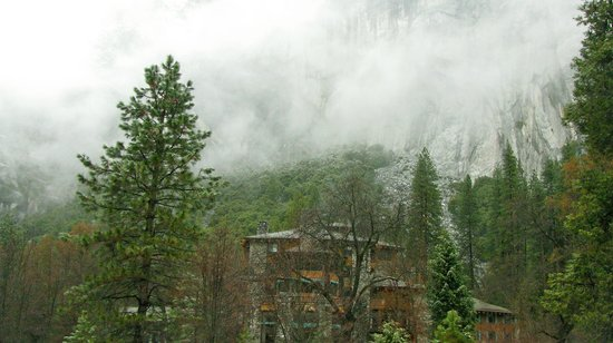 The Majestic Yosemite Hotel: Clouds over Ahwahnee Hotel