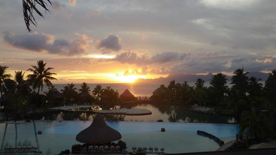 InterContinental Resort & Spa Moorea:                   coucher de soleil