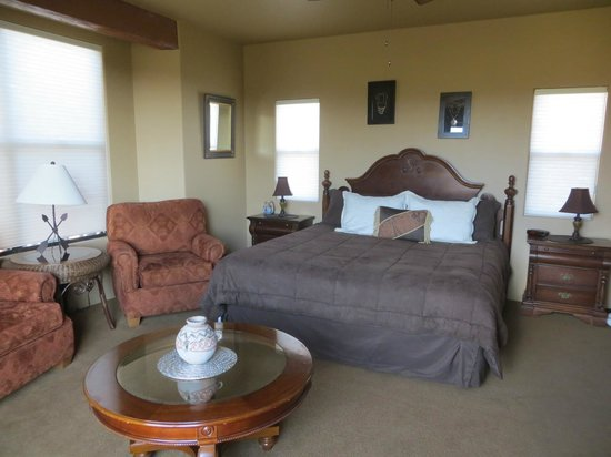 Alma de Sedona Inn Bed & Breakfast: Native Spirits Room