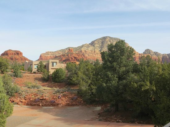 Alma de Sedona Inn Bed & Breakfast: View off of Native Spirits deck