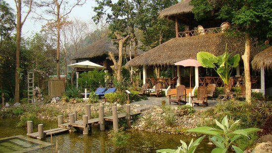 Zen Namkhan Boutique Resort :                   dining area