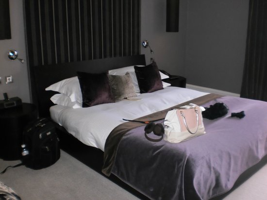 The Chester Residence:                   bedroom