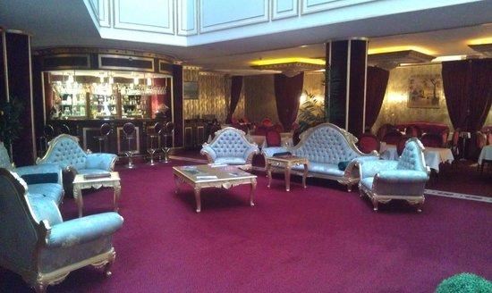 BEST WESTERN Antea Palace Hotel & Spa:                   Lobi