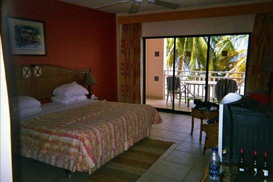 Tropikist Beach Hotel & Resort:                                     Room