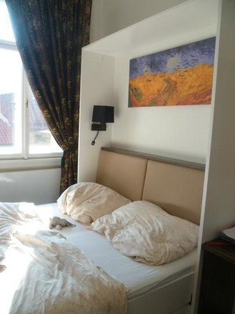 Malostranska Residence:                   Literie très confortable!