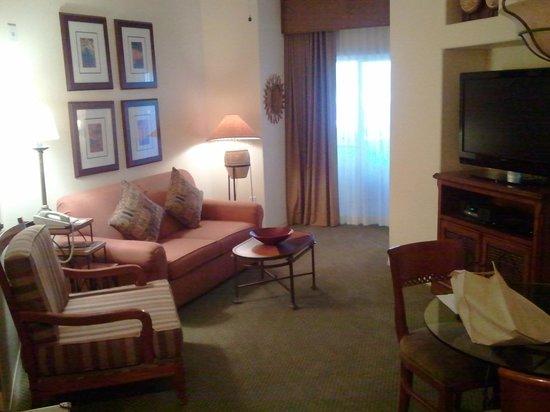 Sheraton Desert Oasis:                   Living Room